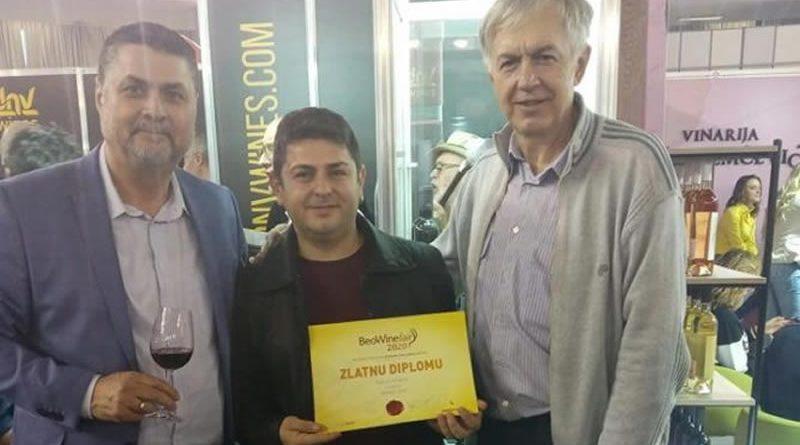 """Винаријата """"Параџик"""" со златен медал на Саемот за вино во Белград"""